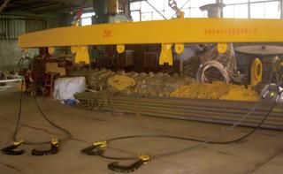钢卷平开加工专用横梁吊具