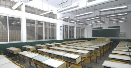 目前学校教室照明改造用led灯管和led球泡灯使用寿命不一样