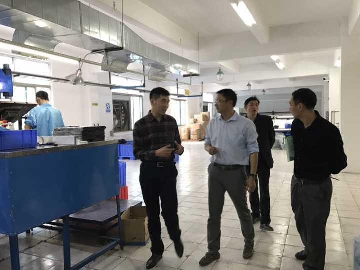 介绍硅胶制品生产工艺