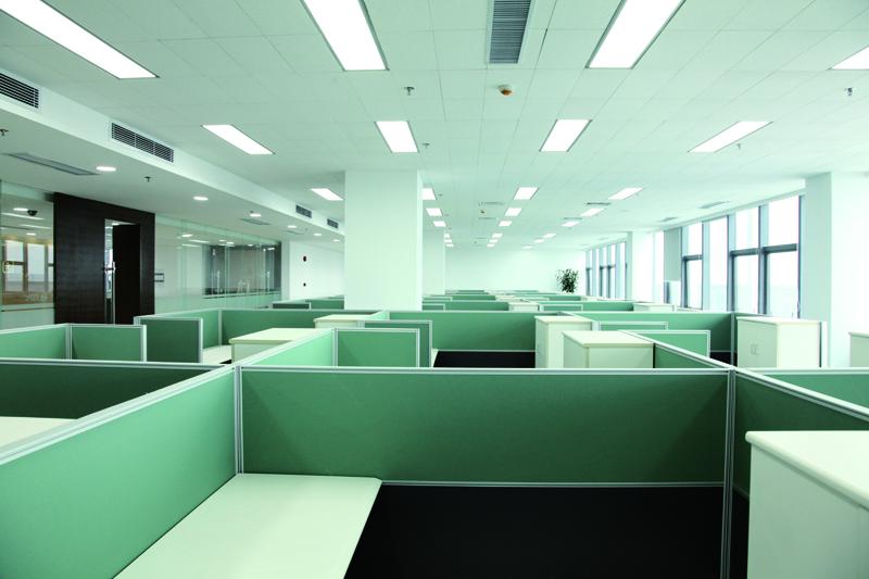 办公室节能照明的图片