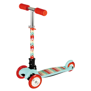 Foldable tri-wheel scooter