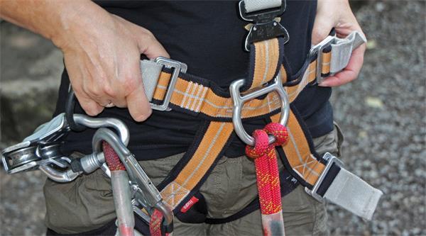 安全带腰带扣.jpg