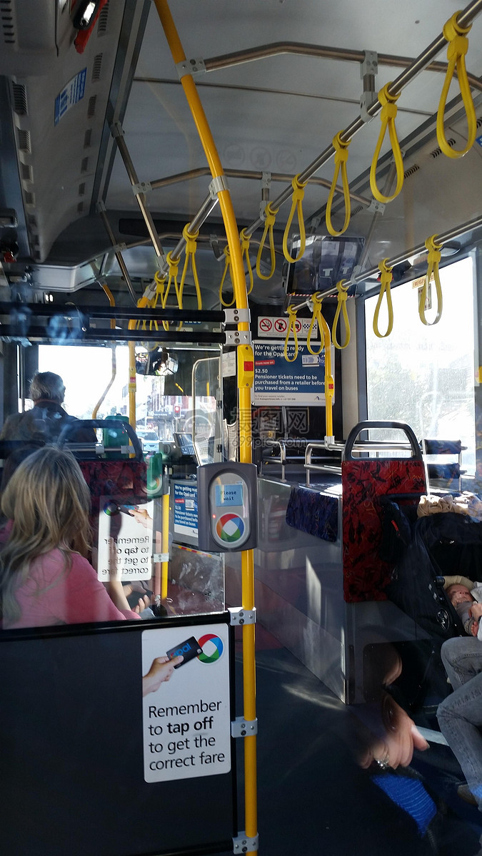 国外公交车,