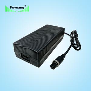 14.6V8A磷酸鐵鋰充電器、FY1508000