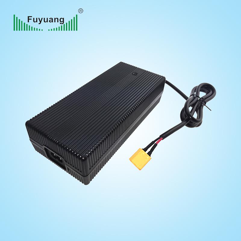 29.2V6A磷酸铁锂充电器、FY2906000