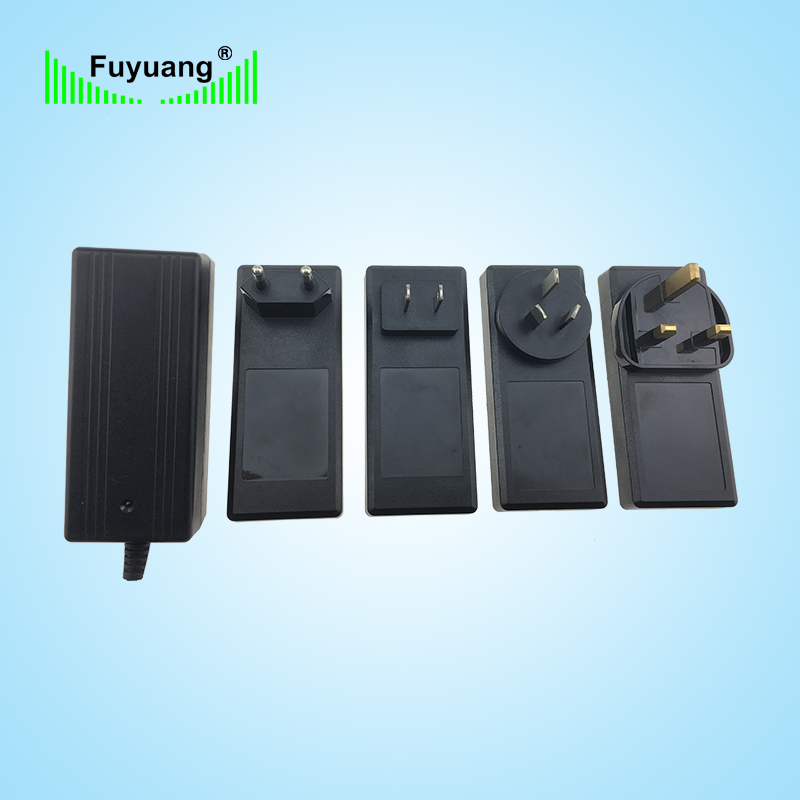 15V2A、3A、4A转换头插墙式电源适配器